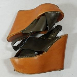 Chloe Olive/Tan Leather Wedges Size 37
